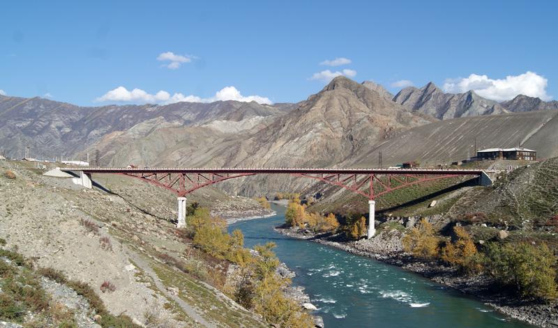 Новый мост на р.Иня